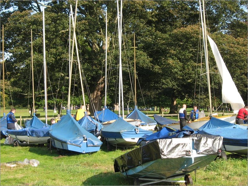 Dinghy park facilities