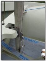 Photo 4, Mast and halyard jammer arrangement