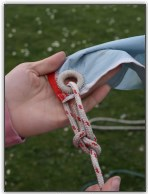 Photo 93, Attach the spinnaker sheet with a bowline