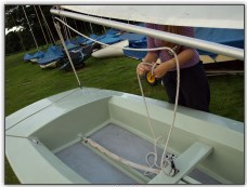 Photo 32, Rig the mainsheet
