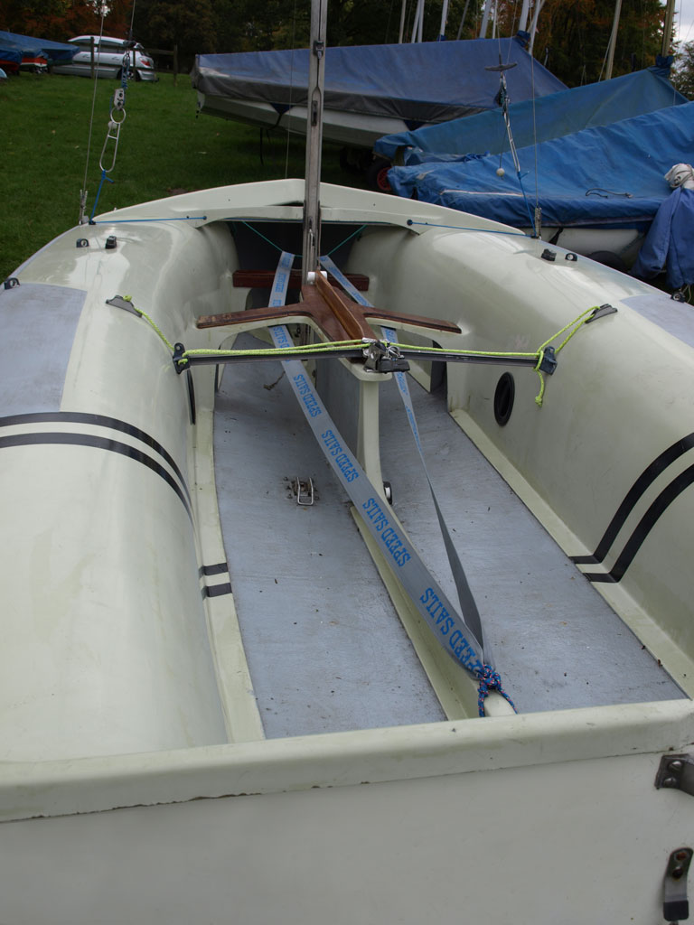 caution water sailing 420 rigging guide rh cautionwater com Sailboat Rigging Types Boat Rigging Boot