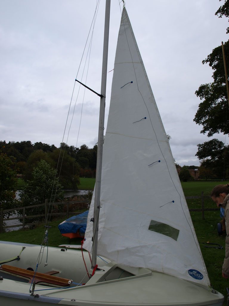 Caution Water - Sailing - 420 Rigging Guide